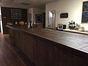 Island Winery Tasting Room